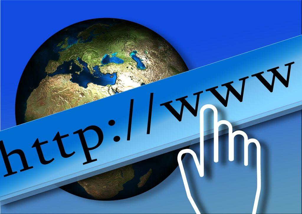 評価されやすいURLにする、URLは変更しない